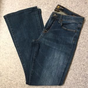 Lucky Brand Sofia Bootcut Shortened Jeans 28/28